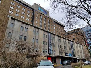 University Avenue facade for The Hospital for Sick Children.