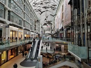 I exited the store via the skywalk, which landed me at the Toronto Eaton Centre. The Eaton Centre looked much the same as it did in 1999.