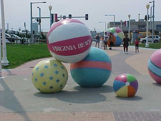 As Virginia Beach is a tourist city (at least in this part), they have some very touristy things around. This is one of them. Large beach balls as a sculpture.
