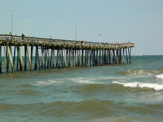 Soon, I approached the fishing pier, jutting out into the ocean.