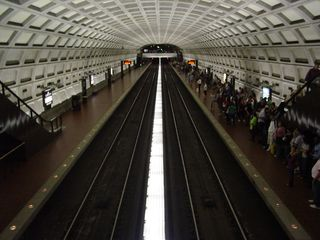 It looks very strange with one platform of the Dupont Circle station deserted and the other one crowded...