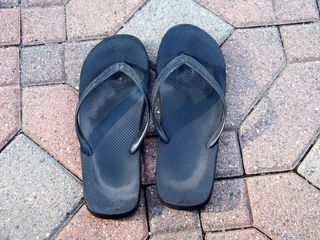 When I felt an odd rubbing feeling on my left foot, I checked it out, and was surprised to see that I had blown out a flip-flop! I burned straight through the left sole, leaving a small hole. Never before had I burned through a pair of flip-flops like that...