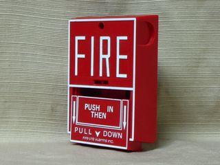Fire-Lite BG-10, handle down