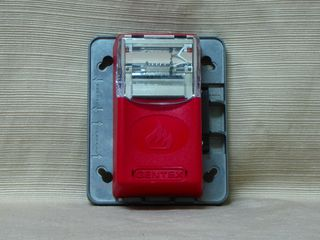 Gentex GES24-15/75WR, strobe unit attached without cover plate