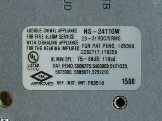 Wheelock NS-24110W, label