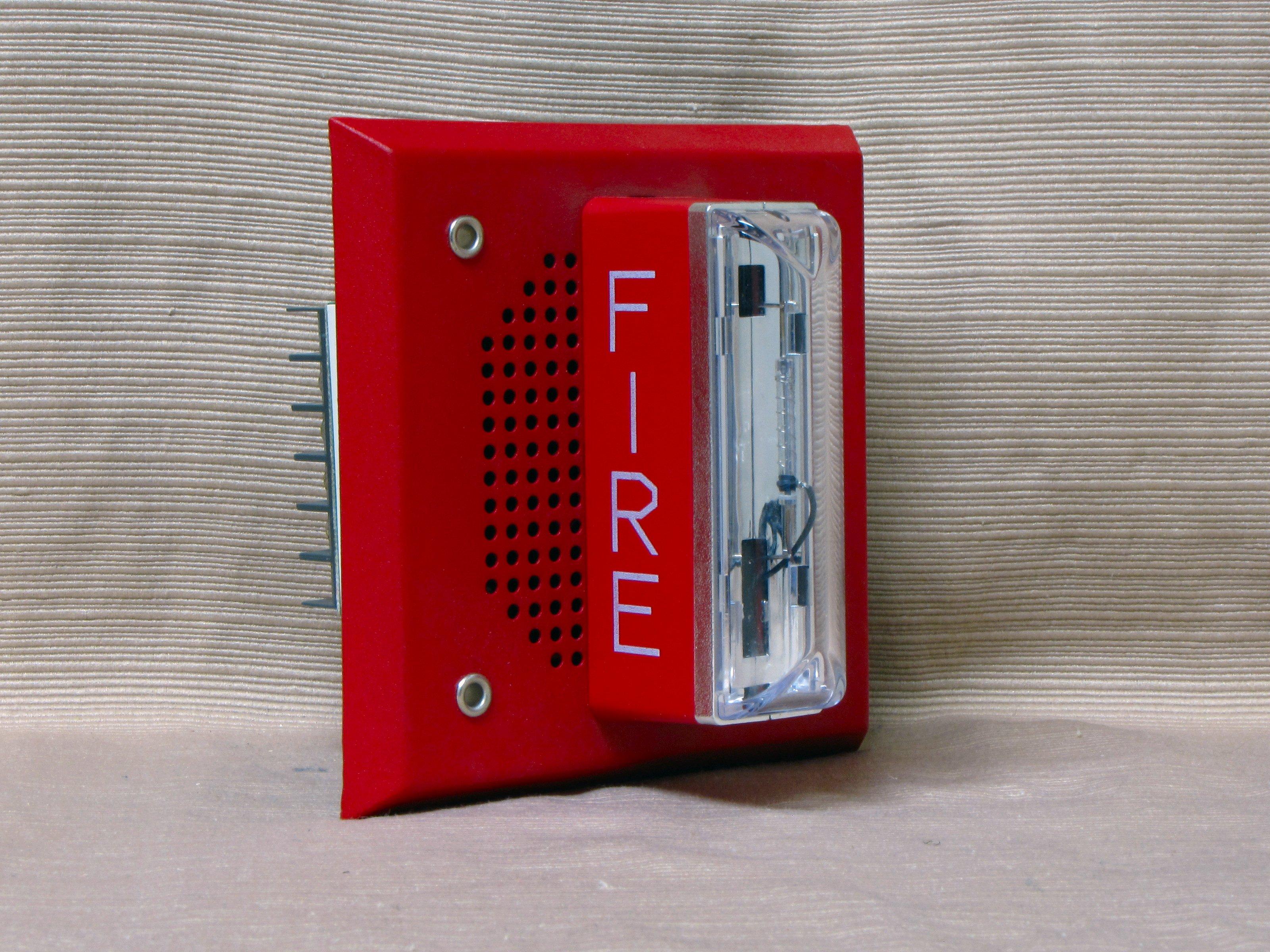 the schumin web gentex spk4 15 75wr rh schuminweb com SpectrAlert Horn Strobe Gentex Smoke Detector with Strobe