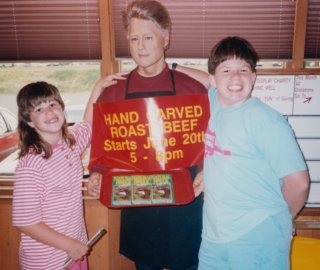 Sis and I pose with a wax sculpture of Bill Clinton at Western Sizzlin in Staunton, on loan from the Natural Bridge Wax Museum, in 1994.