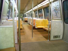 Windscreens: 1000-Series cars have a windscreen on both sides of all doors.  Carpet: 1000-Series cars are the only cars to have orange carpet.  This, however, is not the case on all cars, as some have the newer pinkish-colored carpet.