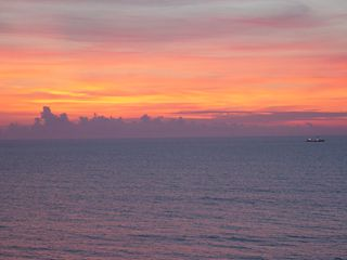 Over the horizon, clouds were out, but these soon dissipated once the sun got up a little higher.