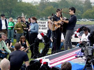 At the closing rally, people played music, and also gave speeches. Speakers included Michael Berg, father of Nicholas Berg, who was beheaded in Iraq, and Arun Gandhi, grandson of Mohandas Gandhi, among others.