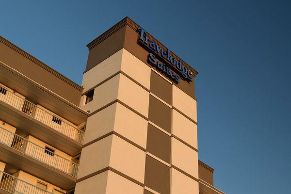 Travelodge Suites, an exterior corridor hotel on Atlantic Avenue in Virginia Beach, Virginia.