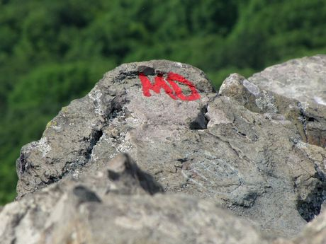 Red paint left on the Rocks by a past hiker