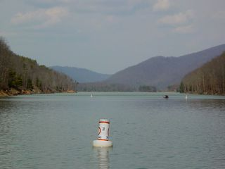And this is Lake Moomaw! Absolutely beautiful, with mountains on either side of the lake.