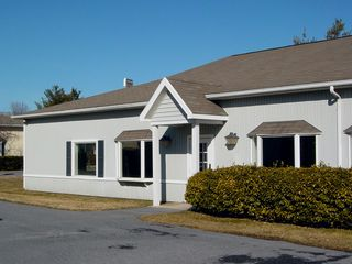 Building 7 was blue-gray in appearance, with typical styling. One non-traditional tenant to occupy a space in this building was Borg-Warner Services, which was a staffing firm that provided employees for CFW Information Services, which had its office further down Shenandoah Village Drive.