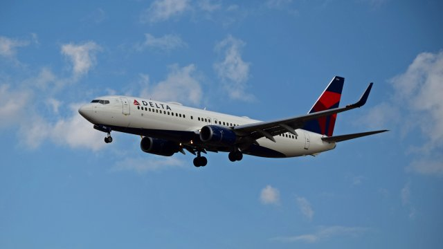 N3756, a Boeing 737-832 operated by Delta Air Lines