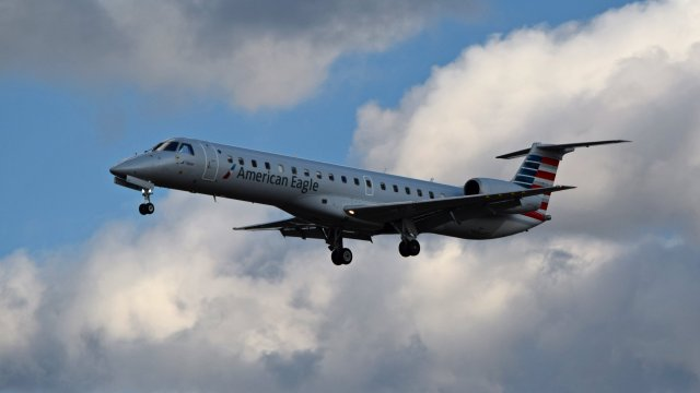 N625AE, an Embraer ERJ-145LR operated by Piedmont Airlines for American Eagle