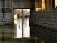 Opening through the Richmond floodwall for canal boats.