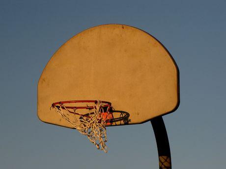 Basketball goal near the western end of South Beach.