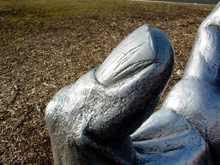 Note the amount of detail in this statue, particularly to emphasize the texture of the fingernail.