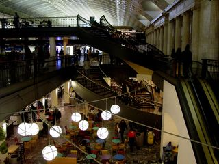As you can see, there are about three levels of Union Station shopping!