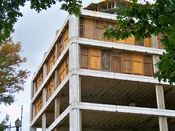 September 27, 2008: Southeast corner, showing third through sixth floors.